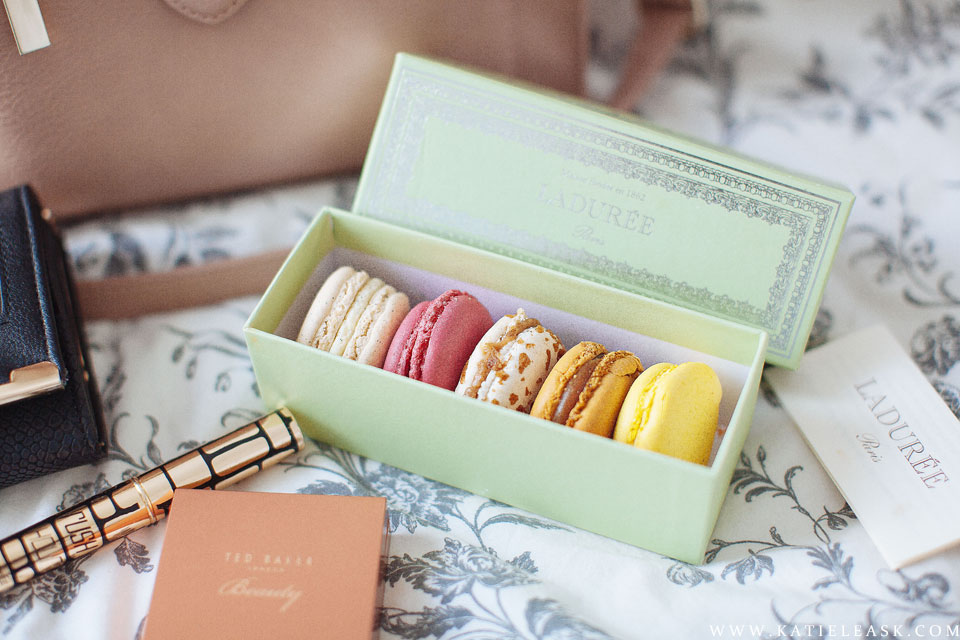 Katie-Leask-Photography-014-Macarons-La-duree--FB