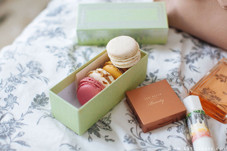 Katie-Leask-Photography-015-Macarons-La-duree--FB