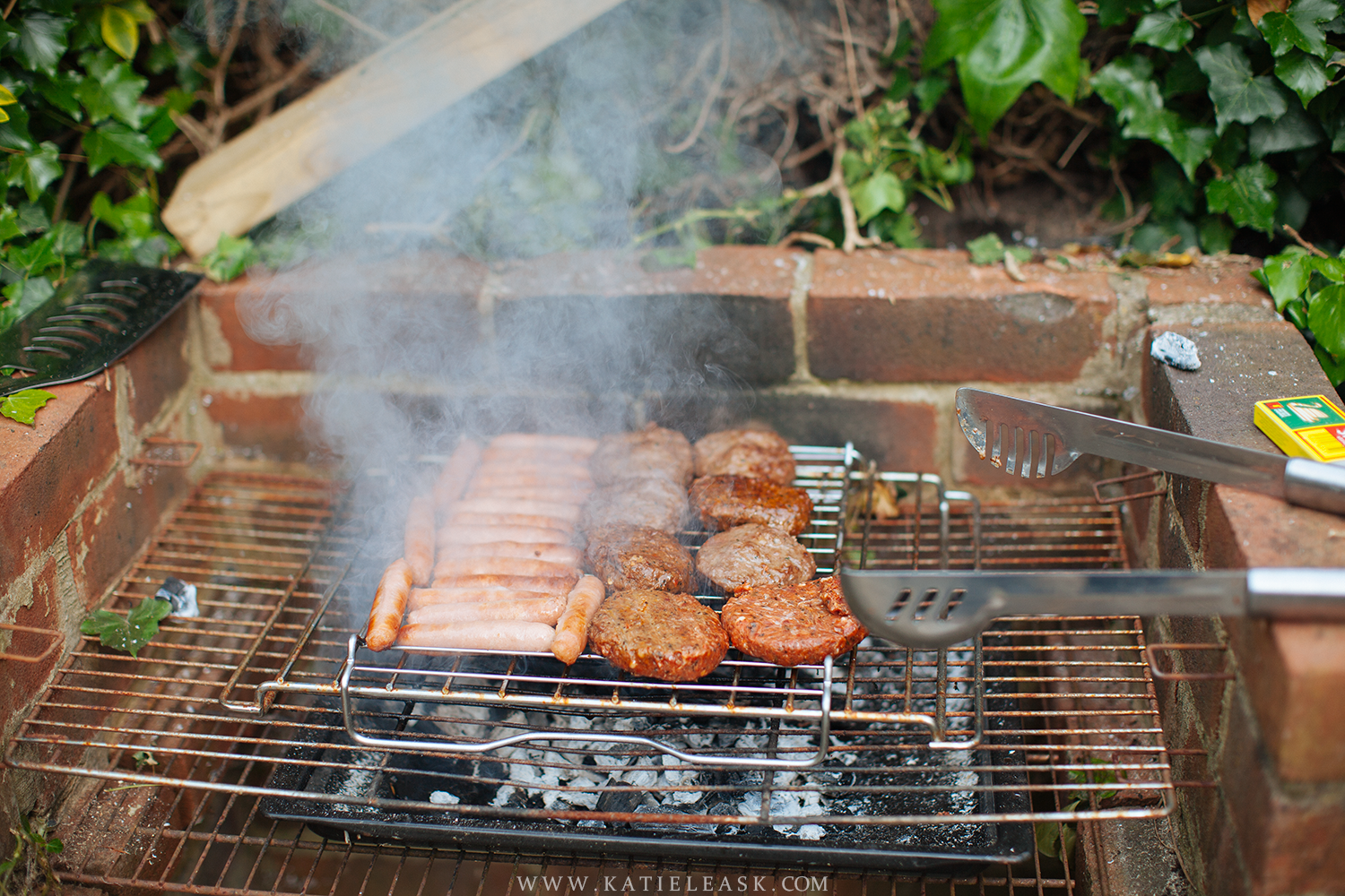 Katie-Leask-Photography-BBQ-002-S