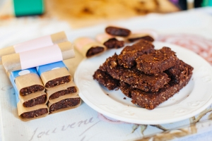 Katie Leask photography cacao energy bars